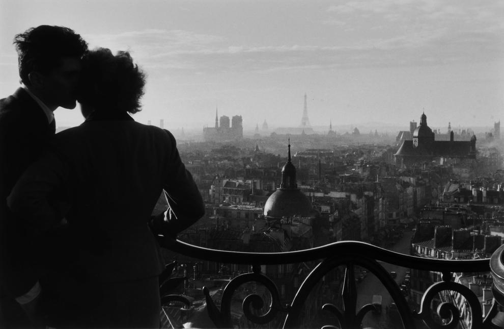 Amoureux de la Colonne Bastille, Paris, 1957